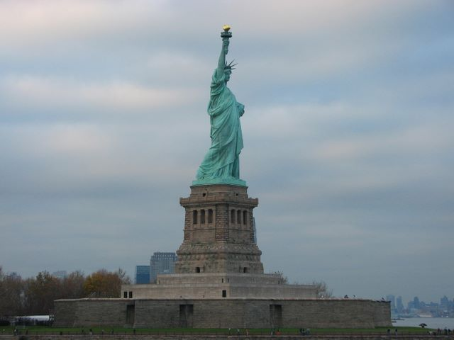statue of liberty essay conclusion